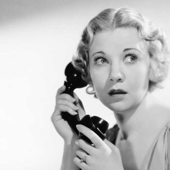 working-woman-on-telephone-2